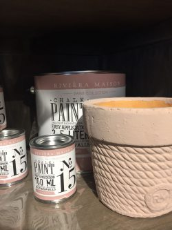 RM Chalk Paint NO 15 plump 100 ml