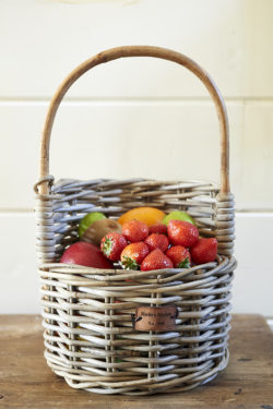 Rustic Rattan Strawberry Basket