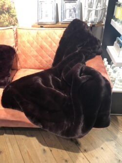 Boutique Bur. FauxFur Throw 150x130
