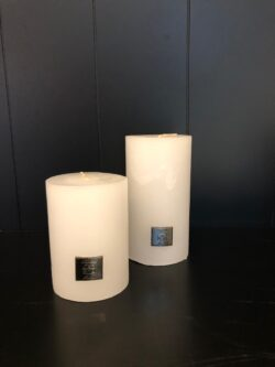 Rustic Candle frosted white 7x13
