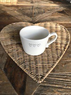 Cup white 3 hearts black 10x8x7
